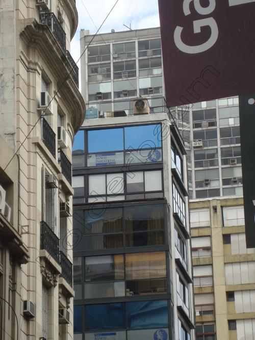 Pedro Holdebaum Buenos Aires . Details 20 cópia