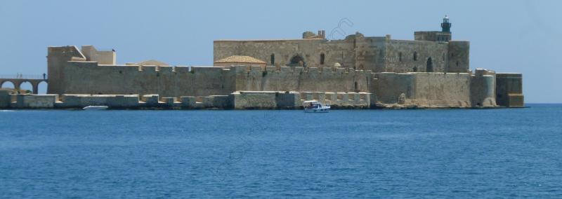 6siracusa-6-castello-maniace-2-sicilia-copy