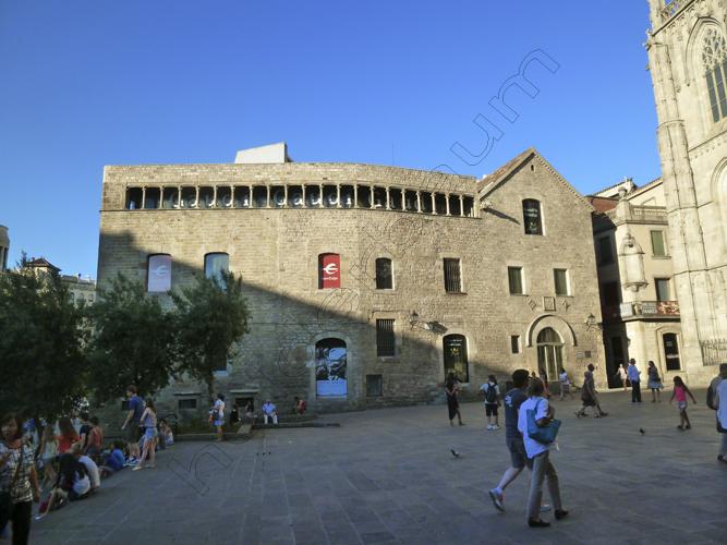 32Barcelona 32 - Gaudi's Studio