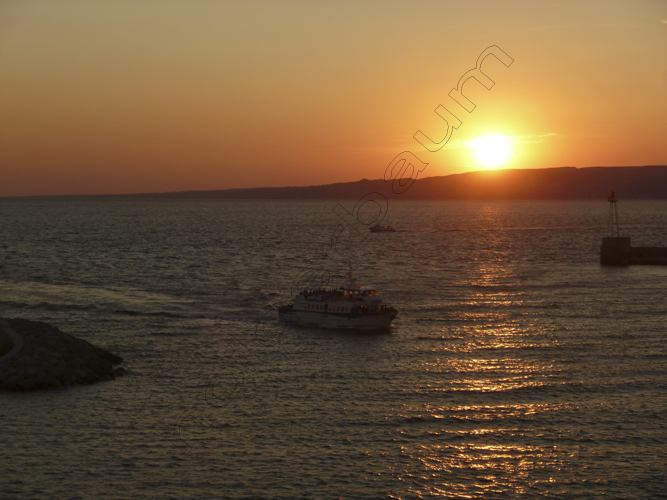 36Marseille 36 - Sunset - France