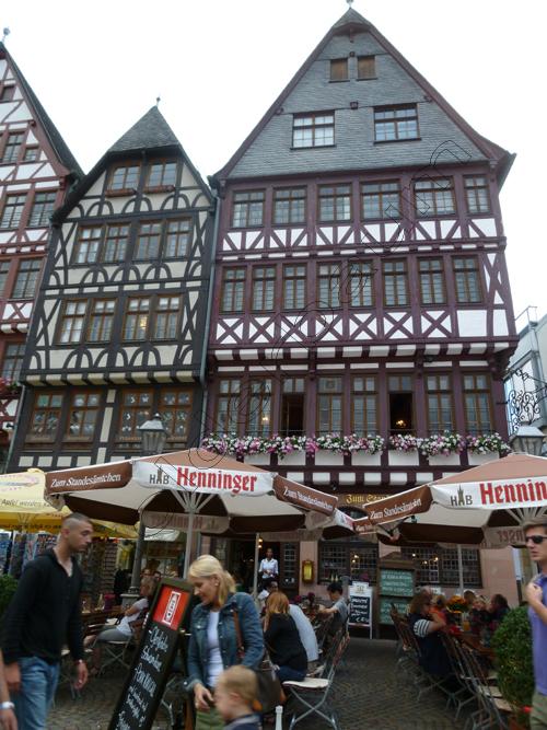 pedro-holderbaum-frankfurt-people-1-cc3b3pia