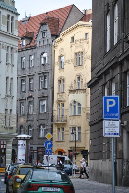 pedro-holderbaum-prague-streets-4-cc3b3pia