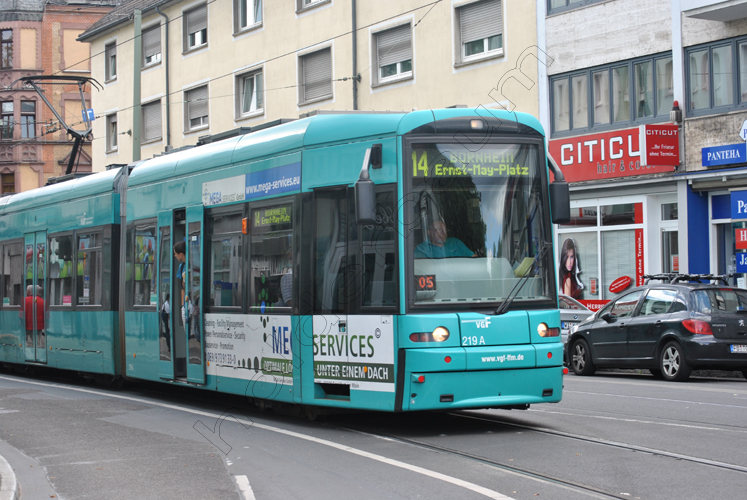 pedro-holderbaum-frankfurt-streets-1-cc3b3pia