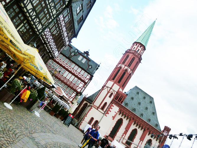 pedro-holderbaum-frankfurt-streets-17-cc3b3pia