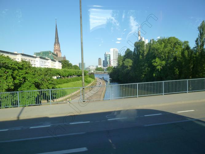 pedro-holderbaum-frankfurt-streets-7-cc3b3pia