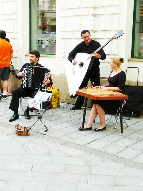 pedro-holderbaum-bratislava-people-9-cc3b3pia
