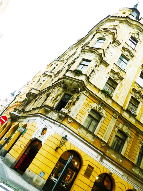 Pedro Holderbaum Prague . Constructions 8 cópia