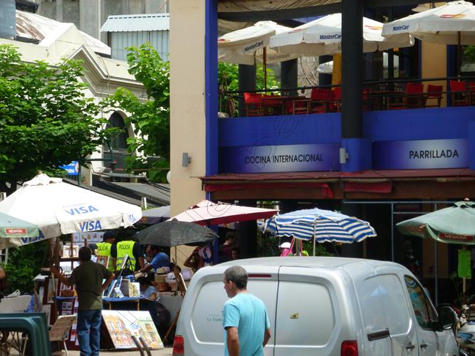 15mercado-del-puerto-1-montevideo-uruguay-copy