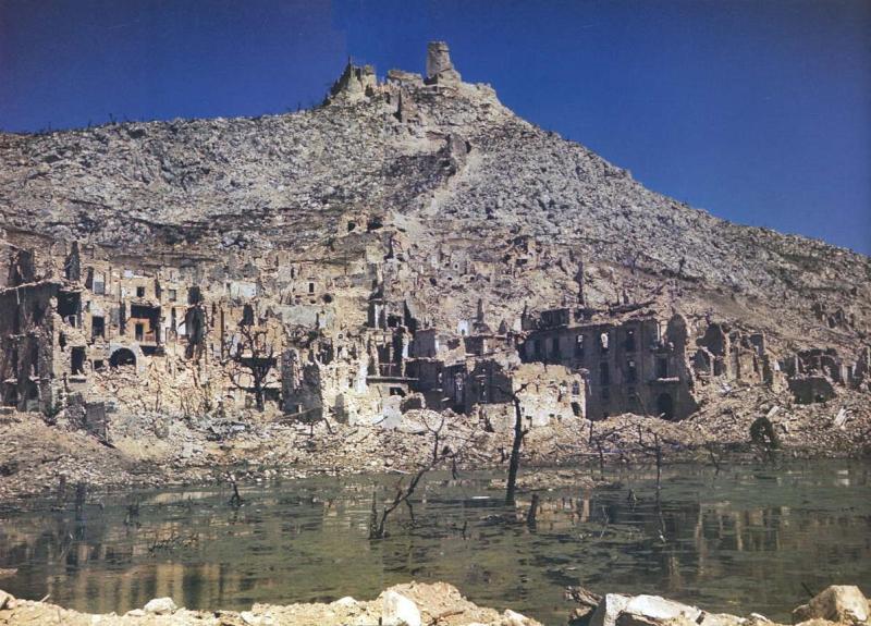lfe-190-1_monte-casino-in-ruins