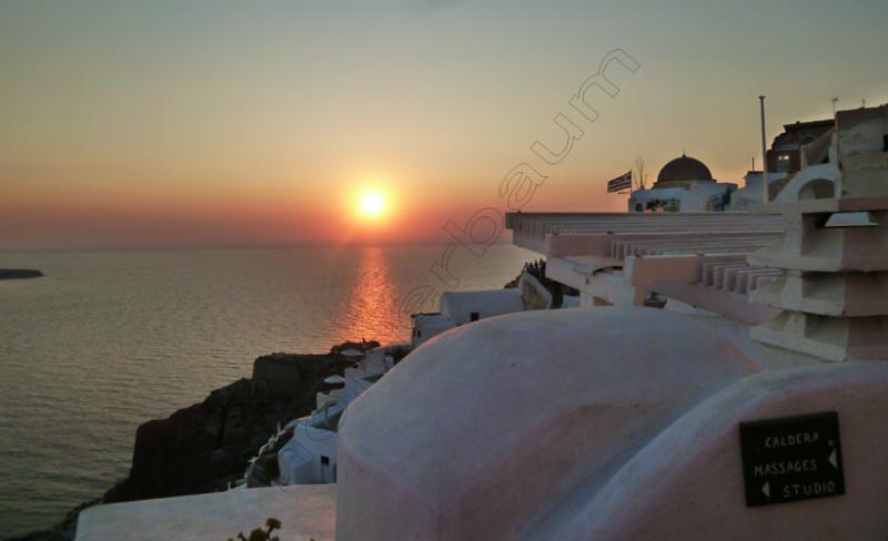 20oia-20-santorini-greece-copy