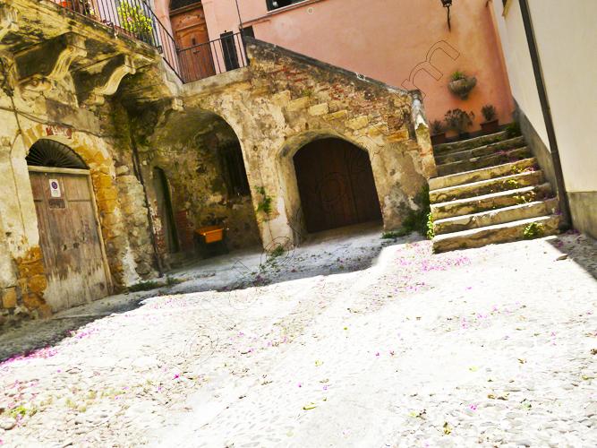 18cefalc3b9-18-sicilia-italia