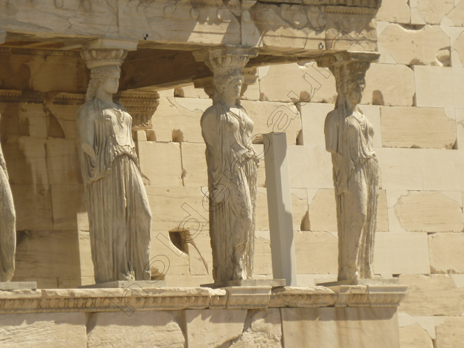 27athens-27-karyatides-acropolis-greece