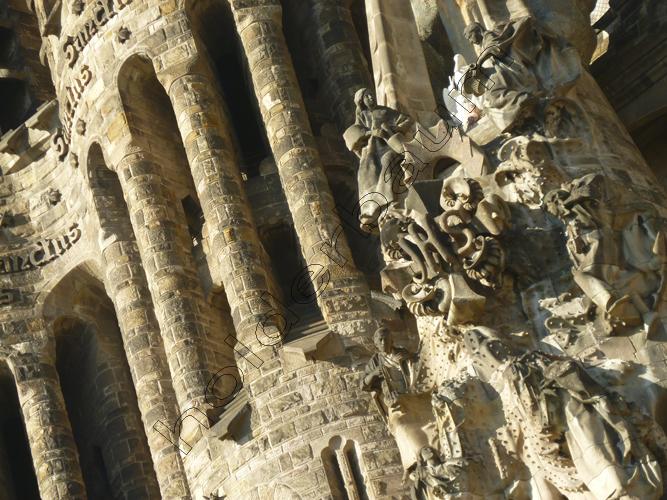 a2-la-basilica-de-la-sagrada-familia-2-barcelona-spain