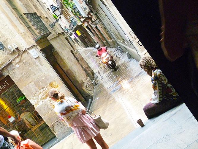 barcelona-people-19-iglesia-santa-maria-del-mar-spain