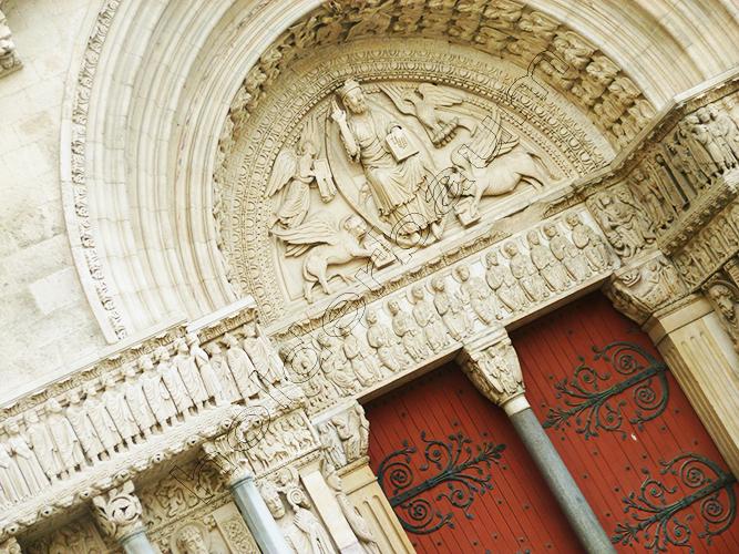 13arles-provence-france-p1210077